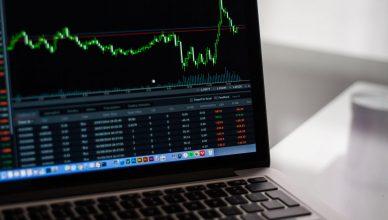 Training Pentingnya Manajemen Risiko Keuangan dan Operasi